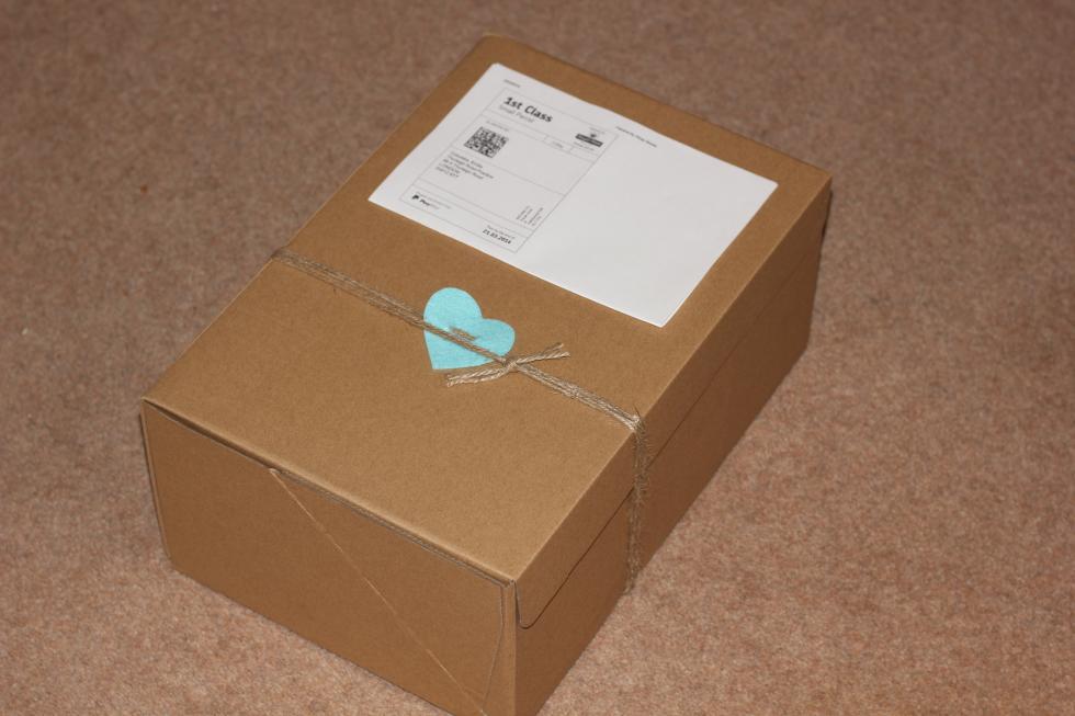 Jak zapakować przesyłkę, by dotarła cała?
