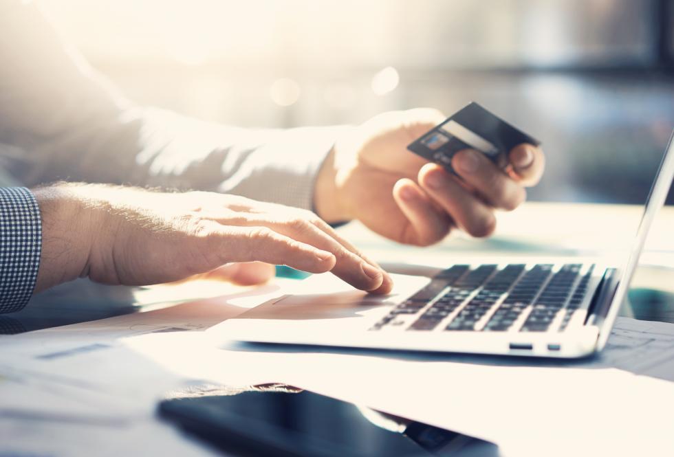 Kredyt gotówkowy bez historii kredytowej. Jak stać się klientem banku?